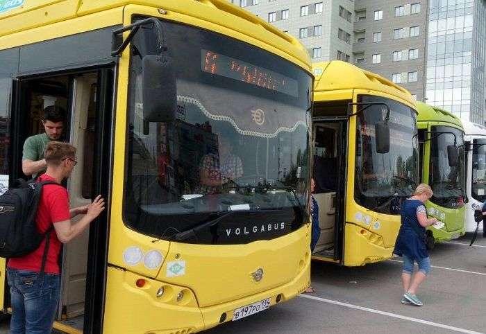 На волгоградских дорогах работают 9 мая 100 шаттлов