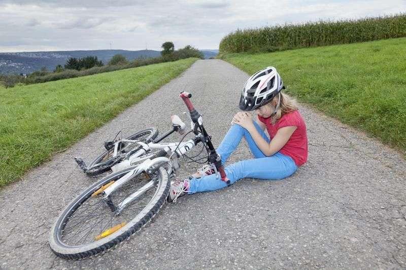 Автоледи на «Хёндэ Гетц» сбила ребенка на велосипеде и скрылась
