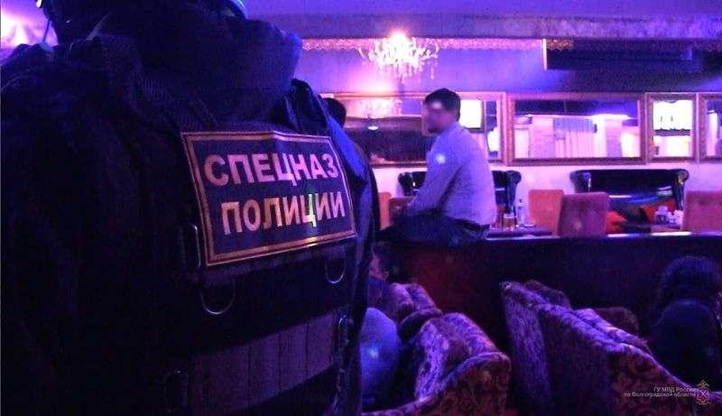 Следователи в сопровождении спецназа пришли с обысками на объекты Светлоярского водоканала
