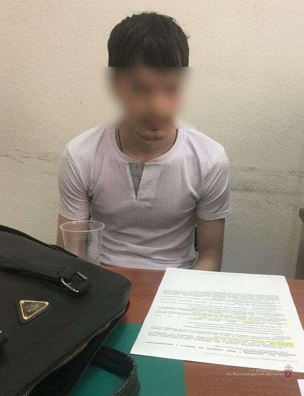 25-летнего волгоградца задержали за распространение детской порнографии