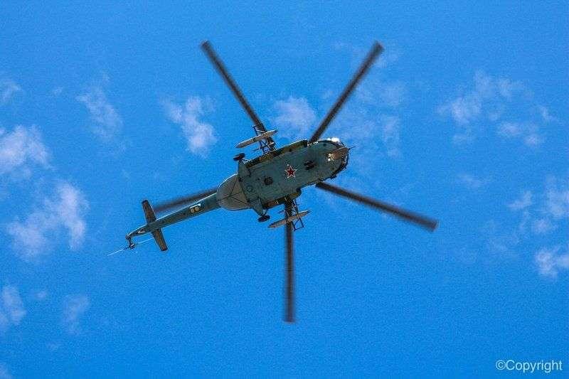 По факту разрушения вертолетом мачты освещения в Волгоградском аэропорту возбуждено уголовное дело