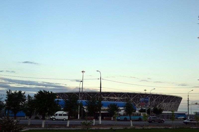 В день первого футбольного матча в Волгограде будет жарко
