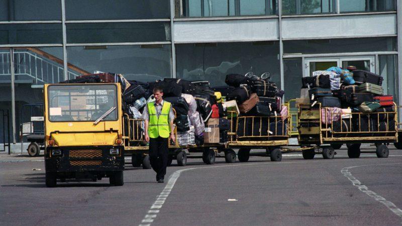 Шереметьево объяснило проблемы с доставкой багажа