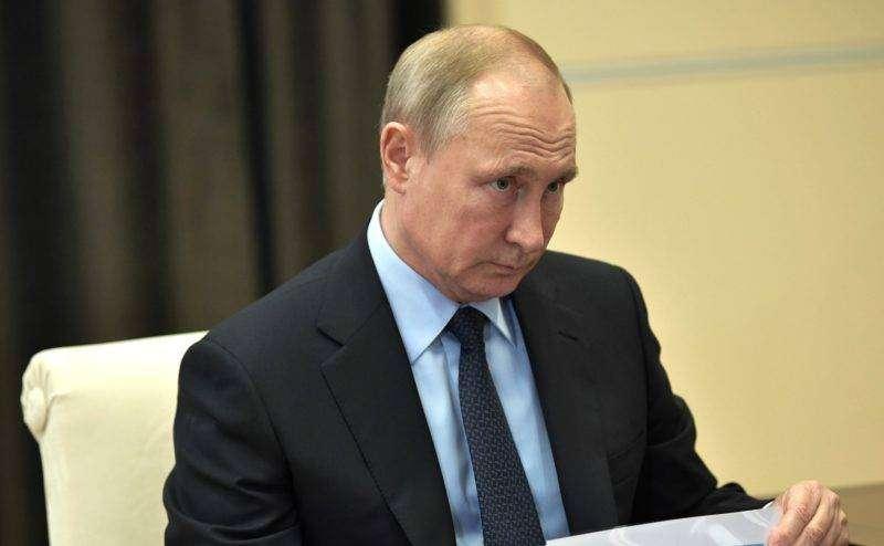 Путин ввел штрафы за нарушения в долевом строительстве