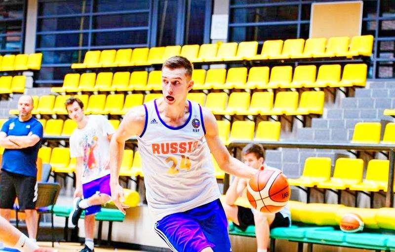 Команда Антона Юдина дважды обыграла Латвию