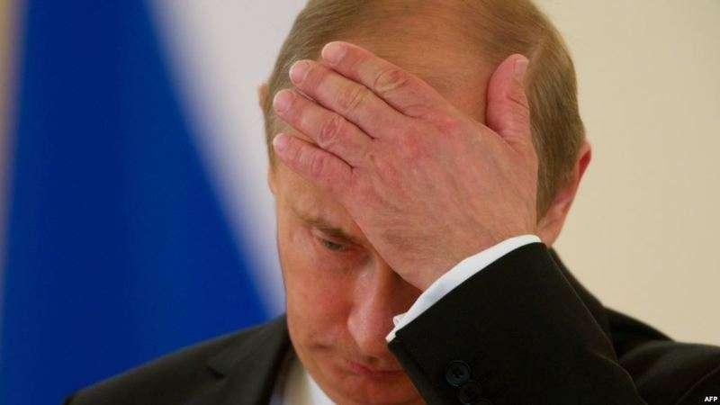 Путина попросили снизить срок беременности с 9 до 7 месяцев