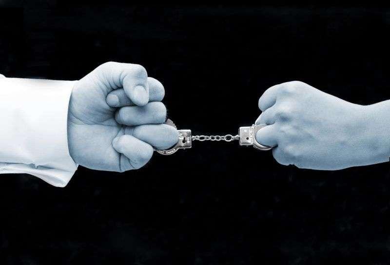 Судебные приставы рассказали, как волгоградцы долгами мерились