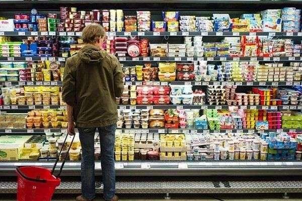 Стало известно, почему люди тратят много денег в супермаркетах