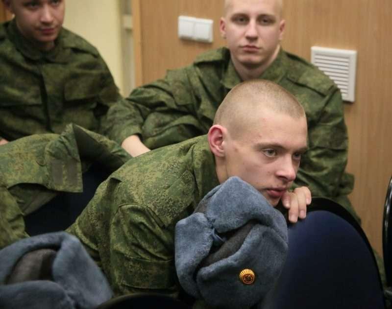 Путин подписал указ о призыве в армию 132 тысяч человек