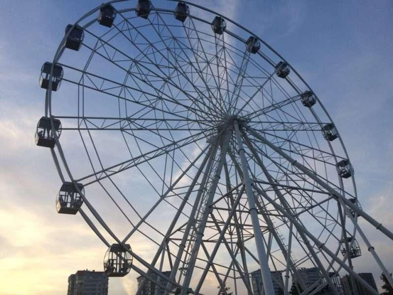 Не прошло и года: в ЦПКиО запустили колесо обозрения