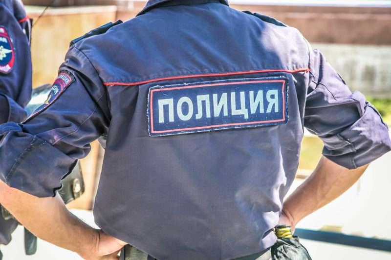 В Волгограде полицейские задержали беглого осужденного