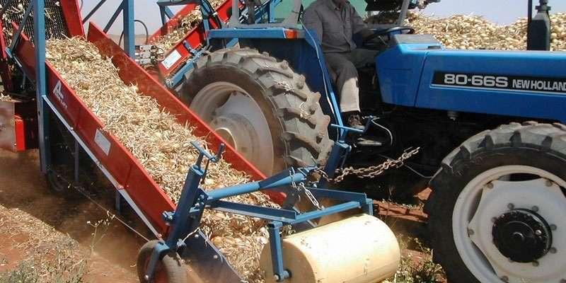 В Городищенском районе трактор раздавил рабочего