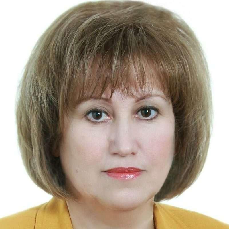 Депутат Госдумы пожаловалась на маленькую зарплату в 380 тысяч рублей