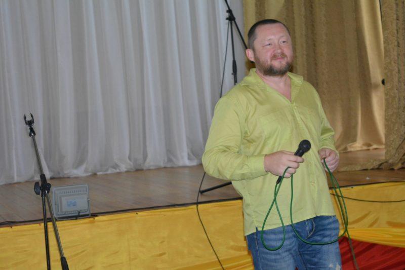 Житель Омска намерен судиться с Газмановым из-за песни