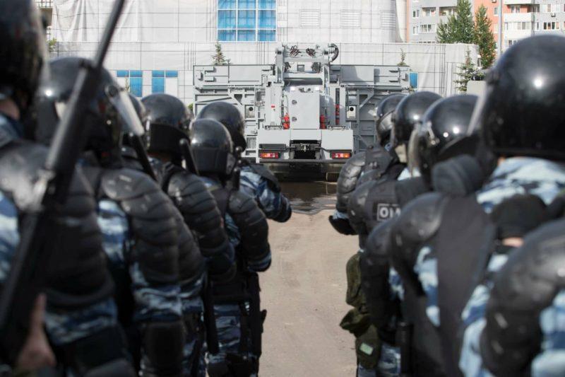 МВД опровергло слухи о 27 вооружённых в камуфляже и с оружием в Урюпинске