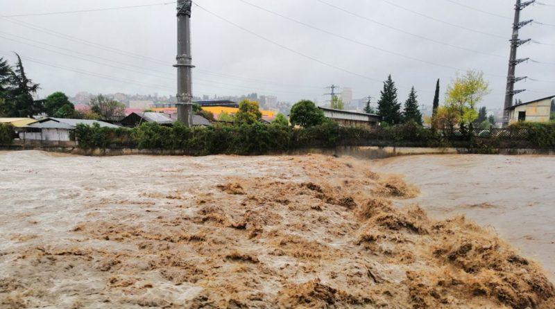 От наводнения на Кубани пострадали 60 человек