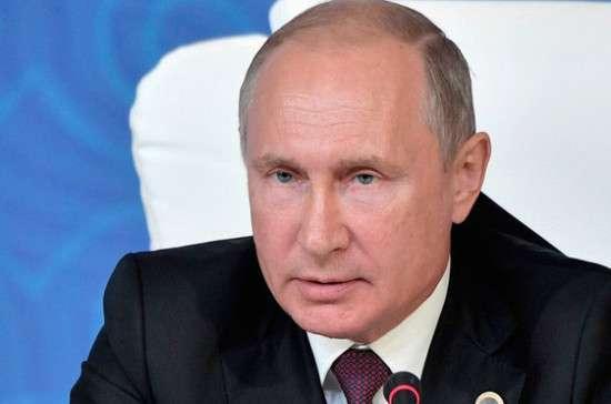 Путин поручил выяснить причины взрыва в керченском колледже