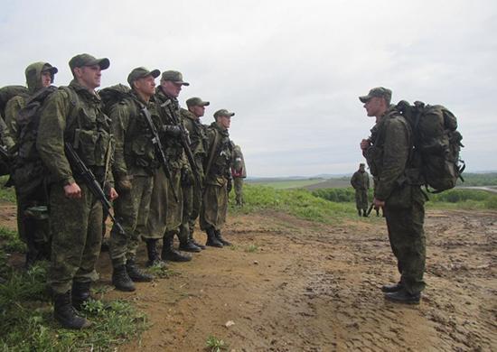 Военнослужащие ЮВО преодолели полосу препятствий под Волгоградом