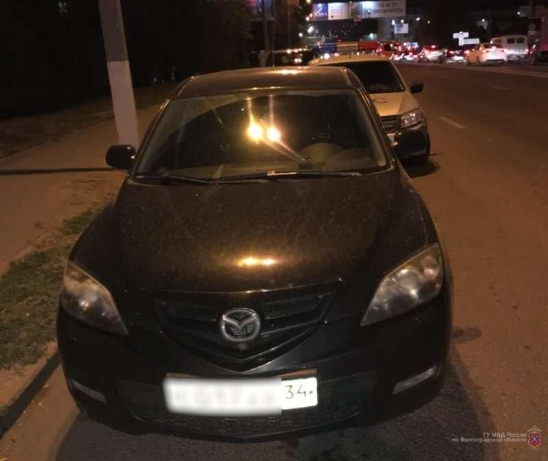 Волгоградские полицейские обратили внимание на автомобилиста, не пропустившего «скорую»