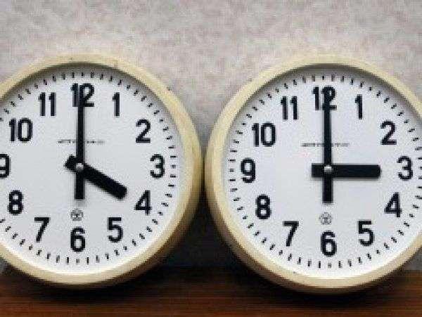 Сверим часы: Волгоградская область перешла на новый часовой пояс