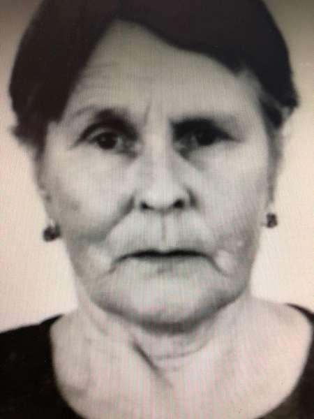 В Жирновском районе полицейские нашли пропавшую в лесу пенсионерку