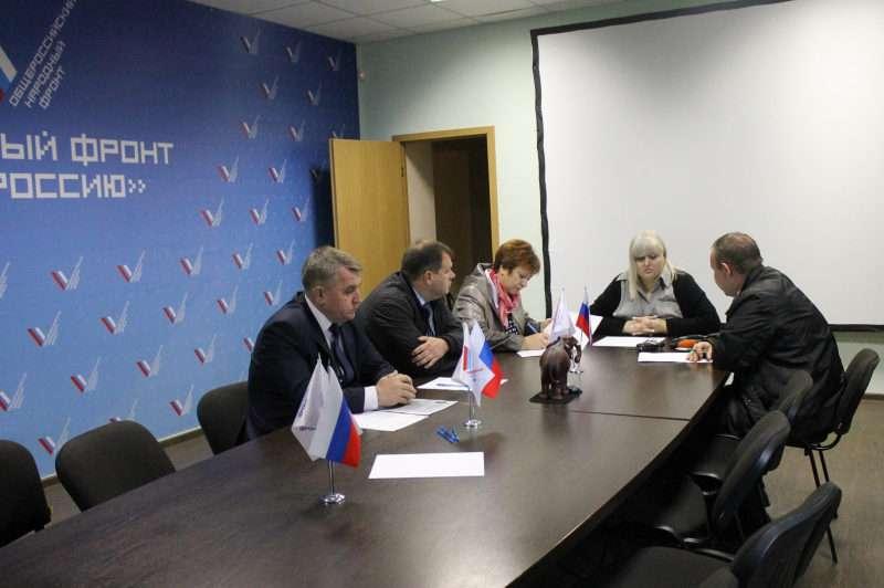 Волгоградский ОНФ помогает местным жителям разобраться с управляющей компанией