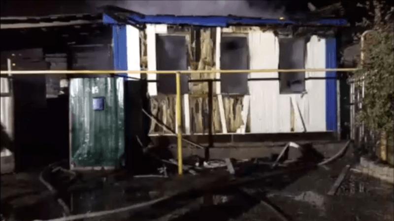 При пожаре в частном доме в Бекетовке погибло два младенца