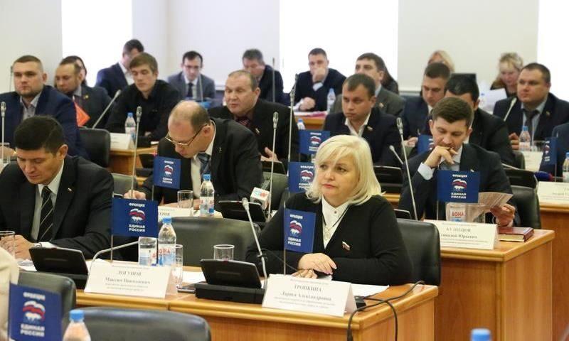 Богатые и бедные: рейтинг депутатов Волгоградской гордумы по доходам за прошлый год
