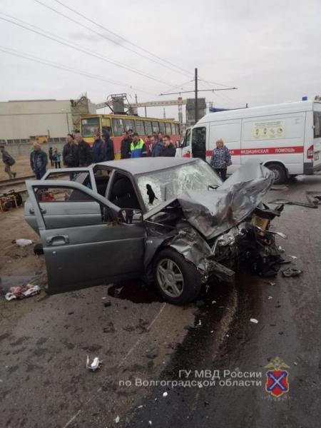 Стали известны трагические последствия жуткой аварии на улице Александрова в Волжском