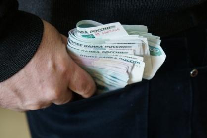В Волгограде главный инженер Сарептской дистанции закрыл глаза на нарушения за взятку