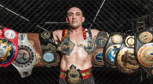 Итальянский боксер скончался после поражения нокаутом
