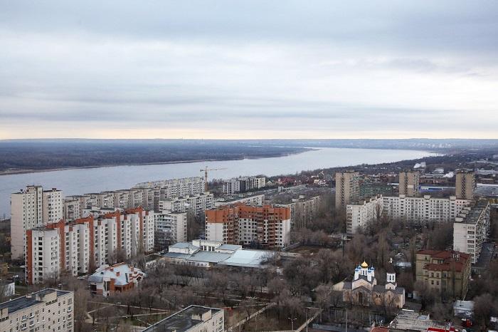 На улице Череповецкой на неделю ограничат движение транспорта