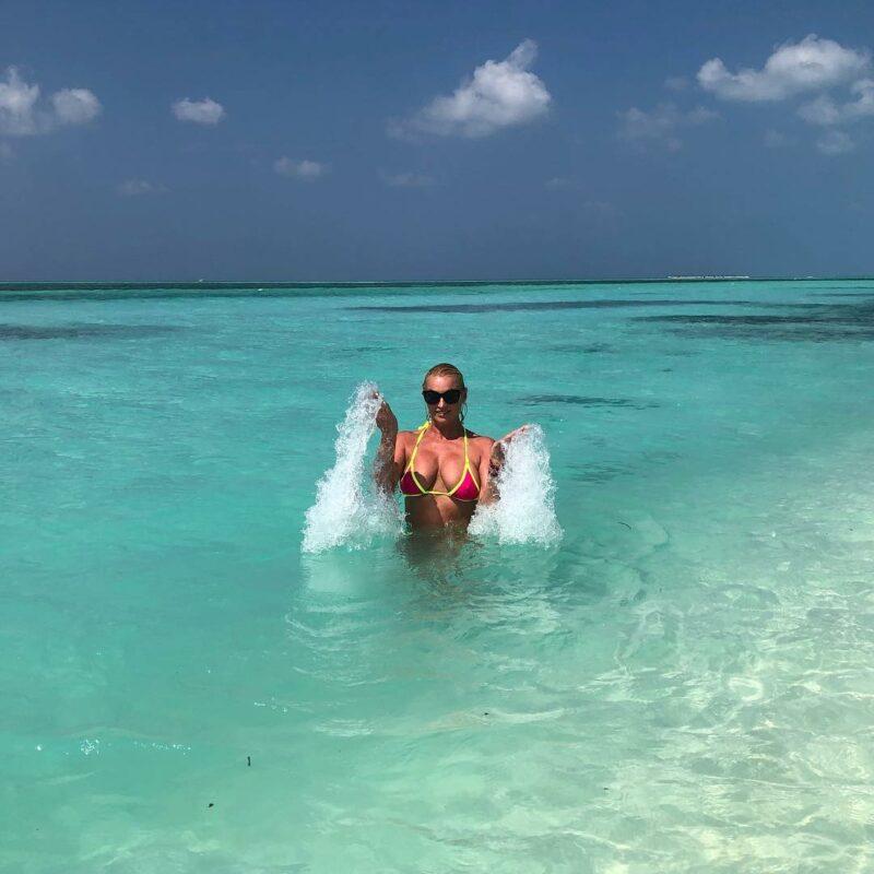 Волочкова решила остаться жить на Мальдивах