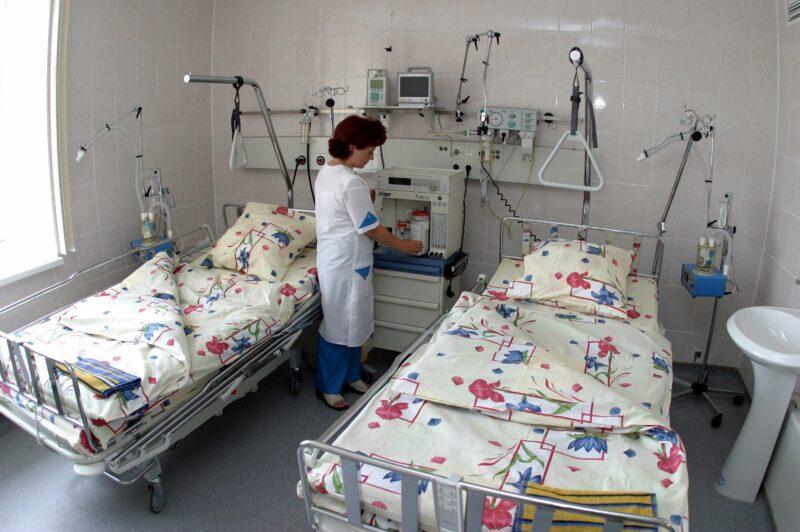 Младенца, рождённого впавшей в кому женщиной, обследуют в Москве