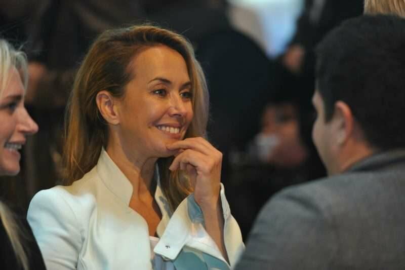 Наталья Фриске подаст в суд на известное издание за порочащие честь сестры материалы