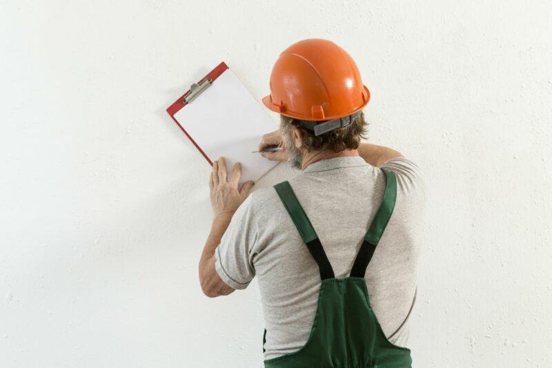 В Волгограде строительная компания «перенесла» срок обновления аварийных коммуникаций