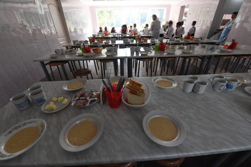 В России школьникам могут запретить приносить еду из дома