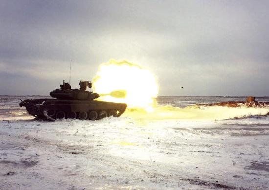 Танкисты на учениях под Волгоградом задействовали ракеты «Рефлекс»