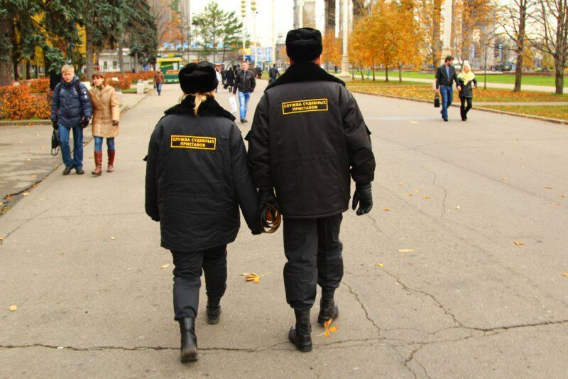 В Волгограде неплательщика алиментов наказали обязательными работами