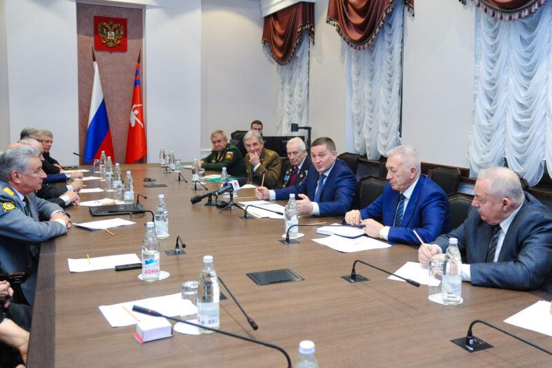 Андрей Бочаров объявил о начале подготовки к 80-летию Сталинградской Победы
