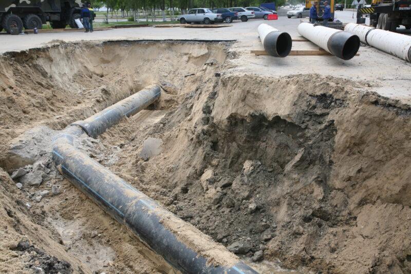 На юге Волгограда жители остались без горячей воды из-за ветхой трубы