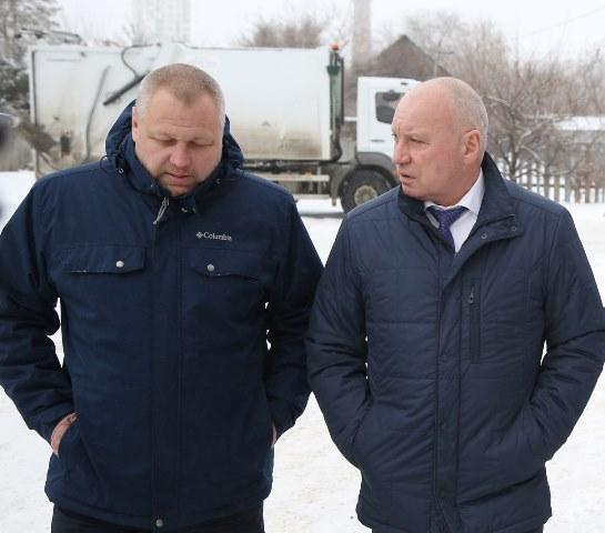 Виталий Лихачев проверил работу регоператора по вывозу мусора в Волгограде