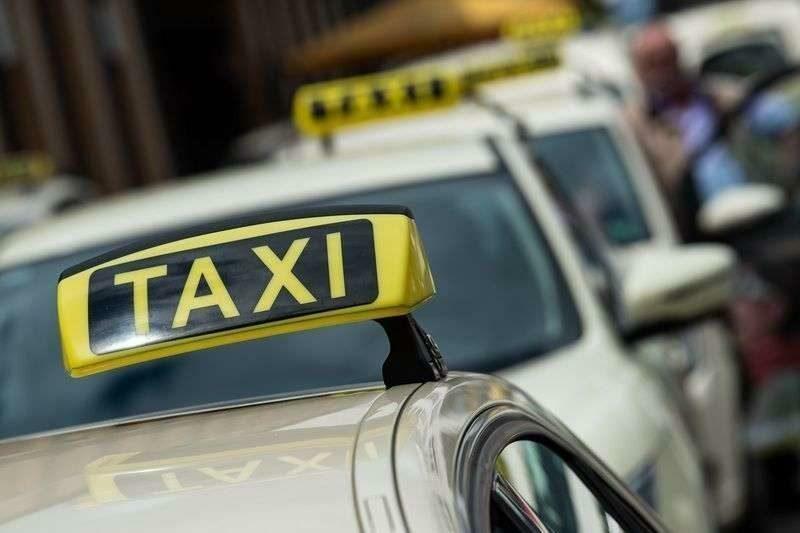 Волгоградские таксисты отказываются возить местных жителей на дальние расстояния