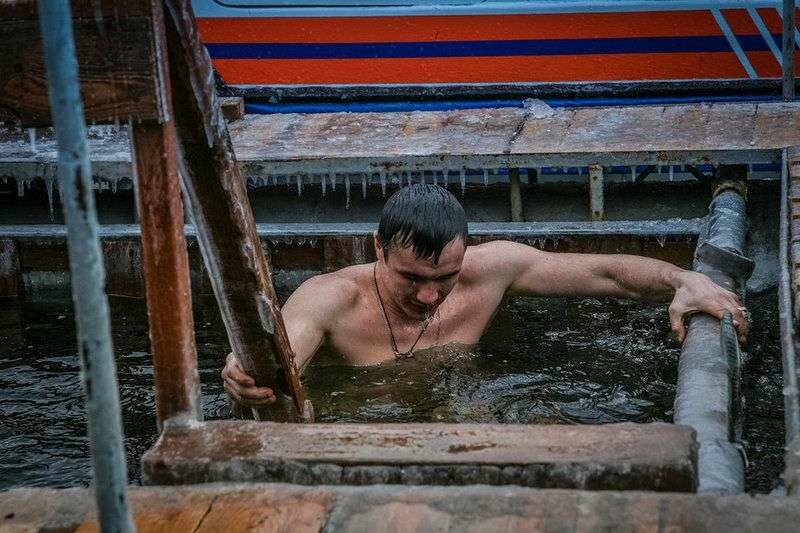 Безопасность волгоградцев на Крещение Господне обеспечат 700 спасателей