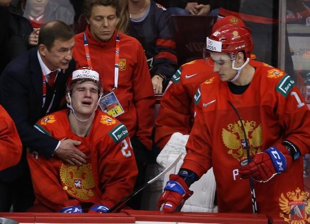 Российские хоккеисты расплакались на льду в Ванкувере