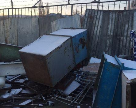 В Волгограде задержали похитителей мусорных баков