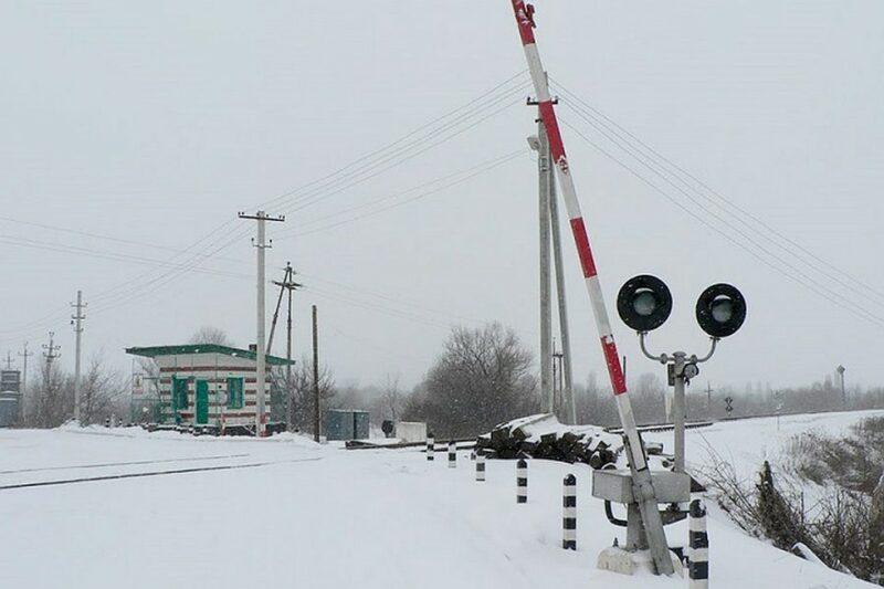 Из-за ДТП на железной дороге был задержан поезд из Волгограда