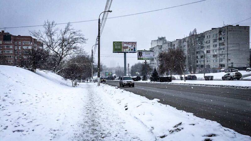 Несколько районов Волгоградской области опять накрыло ледяным дождём и метелью