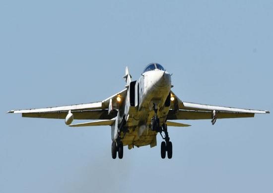 В регионе экипажи Су-24М уничтожили условного противника