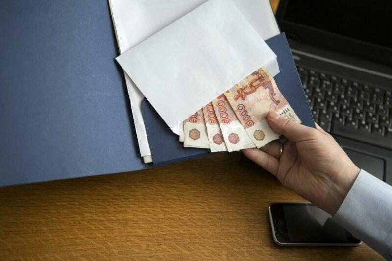Доцента аграрного университета Волгограда оштрафовали за взятки
